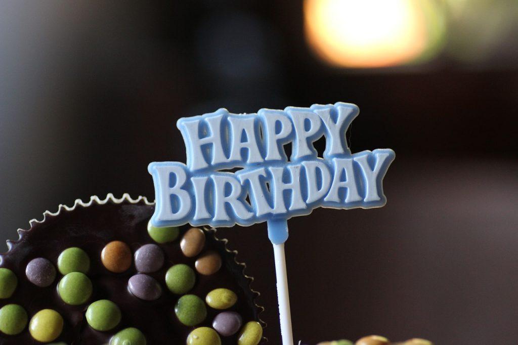 誕生日メールの文章例