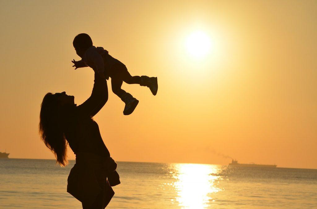 5.「お母さんっぽい寛大さ」がある女性に惹かれやすい