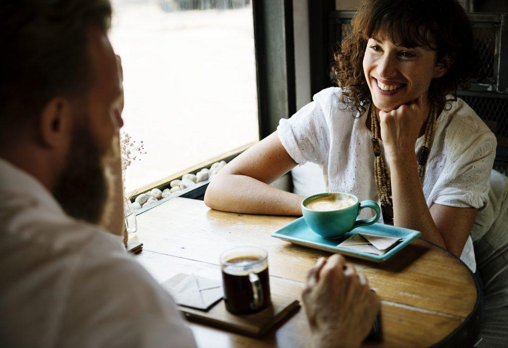 友達から関係を再スタートすると復縁成功率が上がる理由!