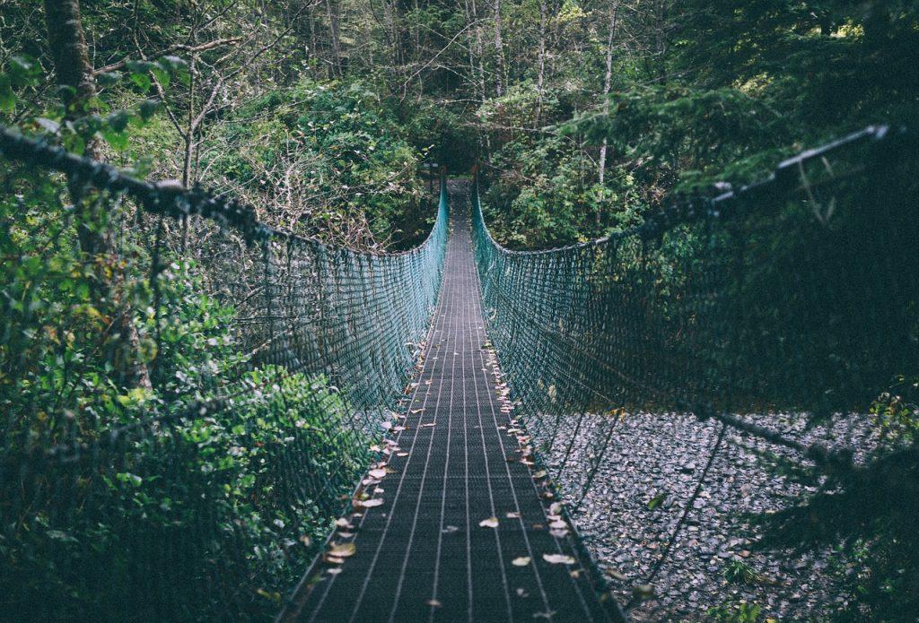 2:恋の架け橋を作るジンクス